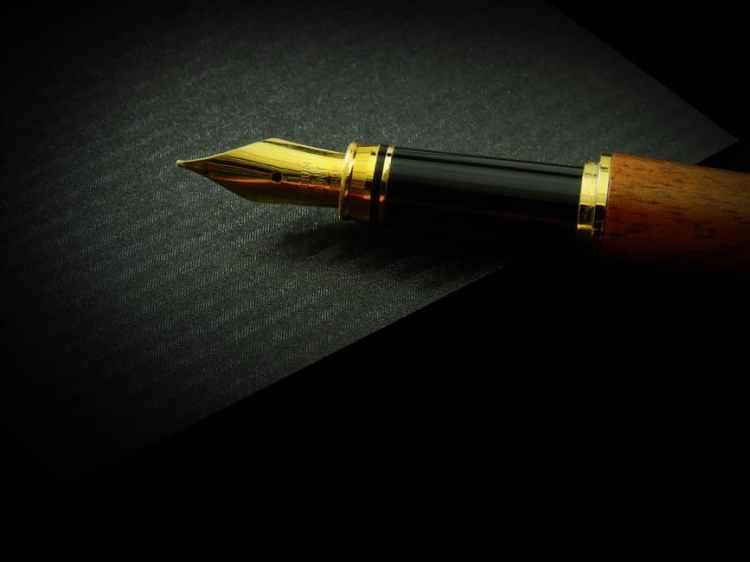 pen on black